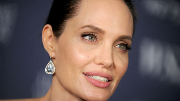 Angelina Jolie, profesoară la o universitate prestigioasă