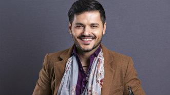 Liviu Vârciu şi-a făcut cinematograf în noua casă
