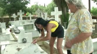 Margherita, mască de faţă cu pământ din cimitir
