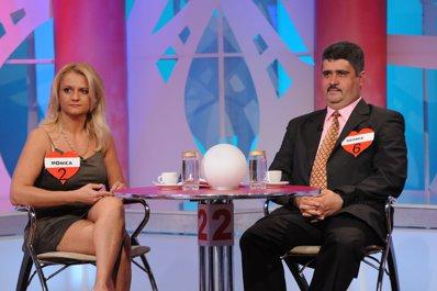 concurentii Monica si George