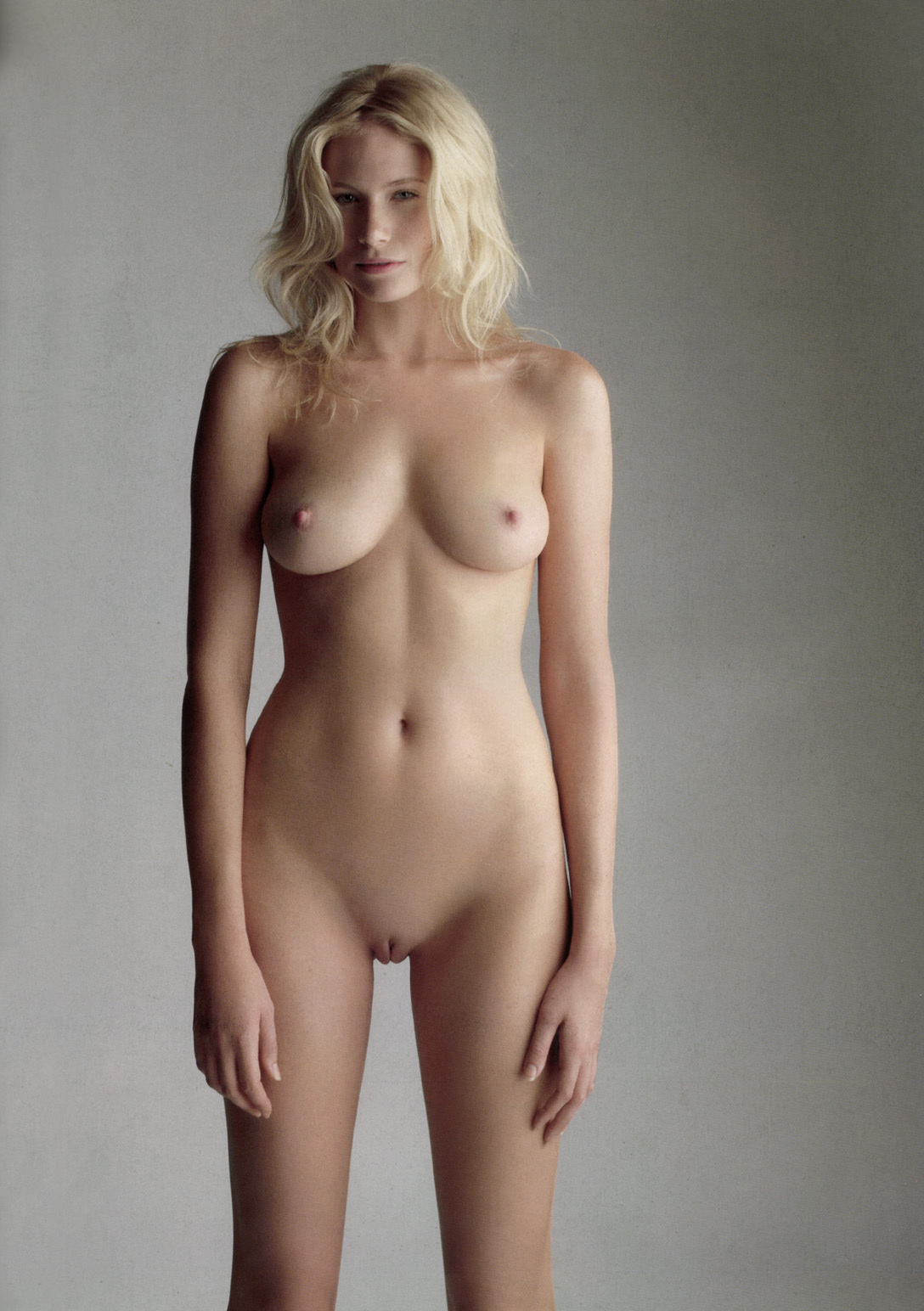 vedete nud