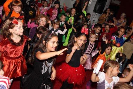 Superpetrecerea de Halloween Zurli, la CinemaPRO