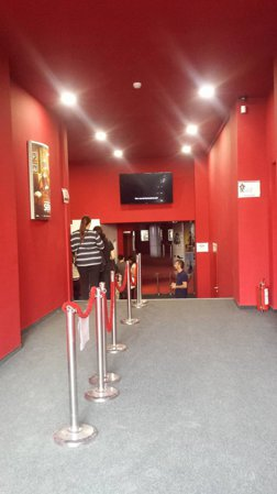 CinemaPRO va intampina cu noua intrare din Blvd I.C. Bratianu nr 6