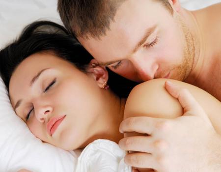 Noi trucuri pentru a-ti rasfata iubita si a o aduce la extaz