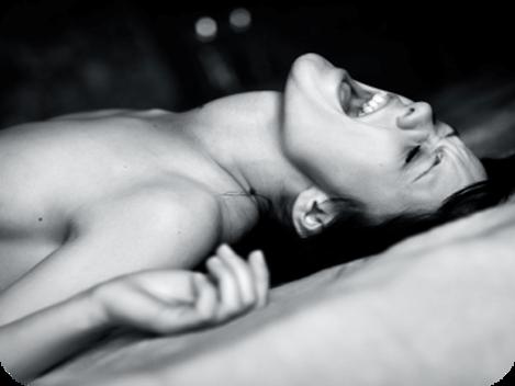 Cum ajung femeile la orgasm: totul despre orgasmul feminin