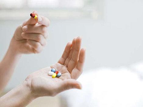 Ce vitamine sunt necesare pentru sindromul premenstrual (SPM)?