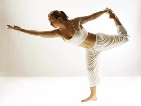 Yoga, benefic� pentru femeile cu cancer de sân