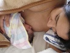 Laptele matern al mamelor care au nascut inainte de termen are mai putini antioxidanti