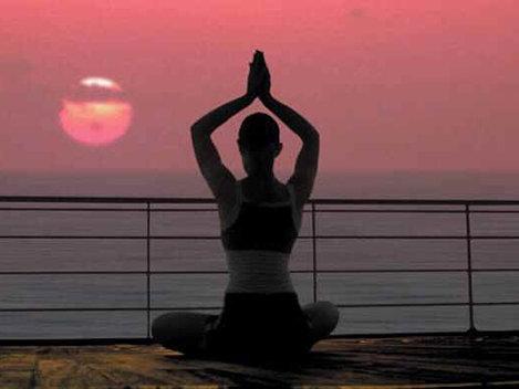 Poate yoga s�-mi îmbun�t�ţeasc� viaţa sexual�?