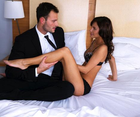 Partenera ta nu se mai satura de sex?