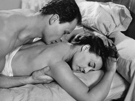 Poziţiile sexuale se schimb�... cu grij�!