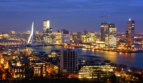 Rotterdam - cel mai mare port european, poarta modernă spre Atlantic a Bătrânului Continent