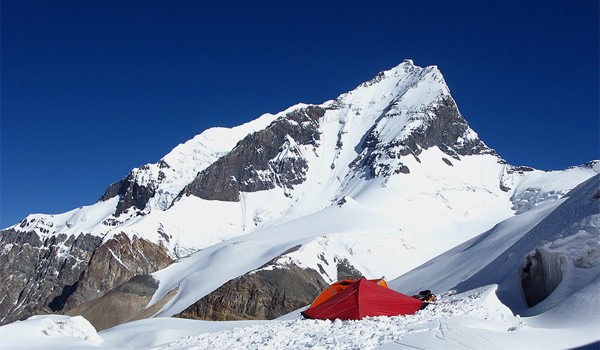 Expediţia Pamir2010: romanii ajung pe acoperişul lumii
