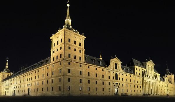 El Escorial – palatul-simbol al monarhiei spaniole