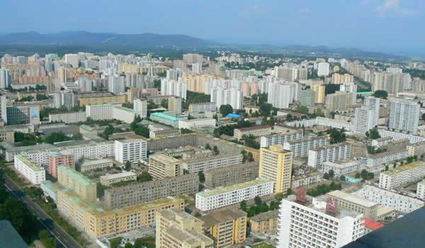 Turist în Coreea de Nord - EP. 4: De la vasul spion american la marile monumente ale Pyongyang-ului