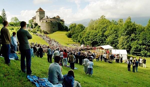 La pas prin Liechtenstein