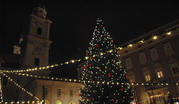 Târgul de Crăciun de la Salzburg în imagini