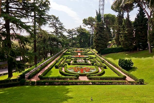Comorile vaticanului for Jardines vaticanos