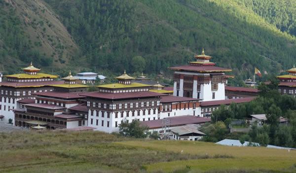 Thimphu, capitala fără semafoare a Bhutanului