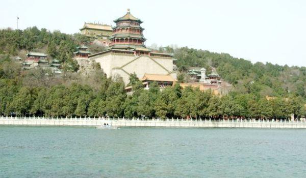 Poveşti chinezeşti: marea grădină imperială – Palatul de Vară din Beijing
