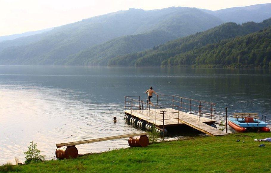 """""""Mica Elveţie"""" a României! Cel mai curat aer din Europa şi cel mai frumos cer noaptea"""