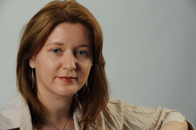 Simona SIMIONESCU