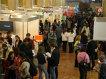 4.500 de vizitatori în 5 ore la un târg de joburi din Bucureşti. Vezi aici cu ce oferte au venit angajatorii