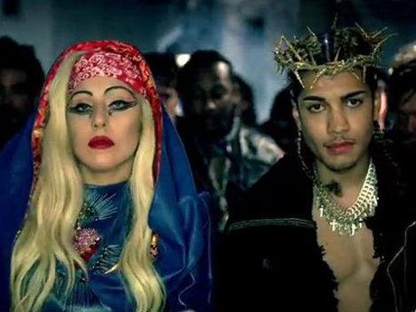"""Lady Gaga - """"Judas"""", cel mai scump videoclip din toate timpurile (Video)"""