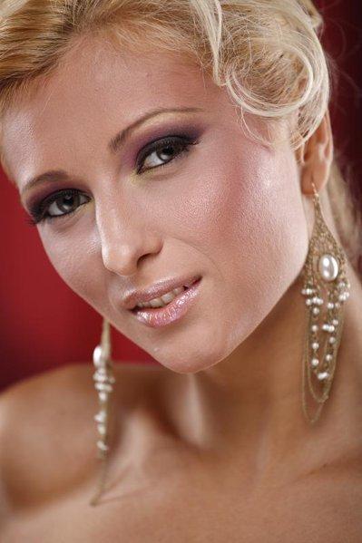 Lora Petrescu