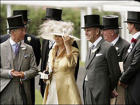 Traditii si etichete la o nunta regala (Poze)