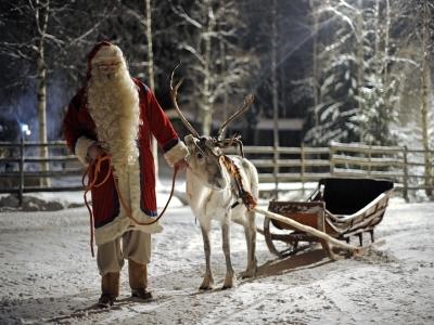 Dragi copii, Mos Craciun va asteapta si la iarna in Laponia!