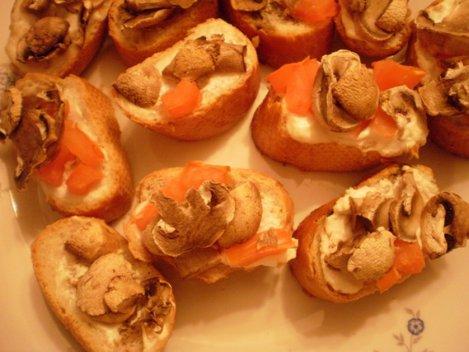 bruschete ciuperci si branza