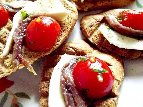 bruschete cu anchoa