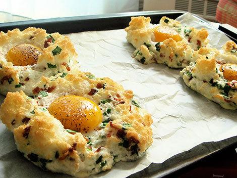 Rapid şi delicios: Ouă cuiburi la cuptor