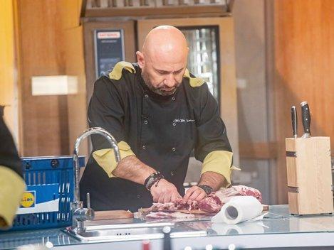 Chef Cãtãlin Scãrlãtescu, marele câştigãtor al ediţiei speciale Chefi la cuţite - Titani la cuţite