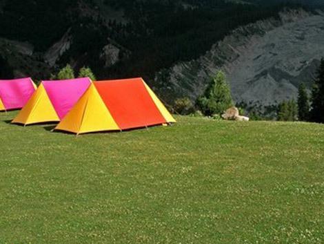 Vis camping. Ce înseamnă când visezi camping