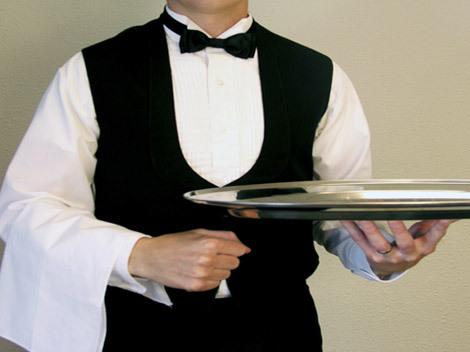 Vis chelner. Ce înseamnă când visezi chelner