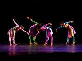 Cum au apărut dansurile sociale?