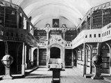 Biblioteca Batthyaneum şi comorile cunoaşterii din Alba Iulia