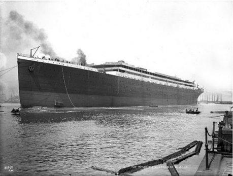 Lansarea la apa a unei legende: Titanic