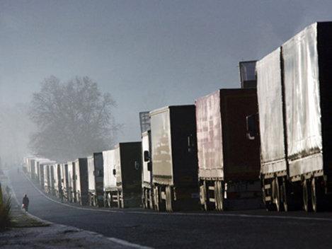 Transportatorii acuză Guvernul că fac spectacol mediatic din reducerea evaziunii