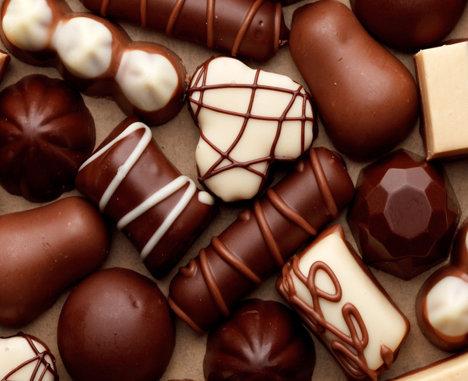 E oficial! Ciocolata rotundă este mai dulce decât cea pătrată!