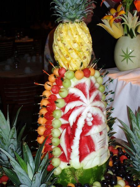 O adevarata vacanta: ananas, palmier, plaja