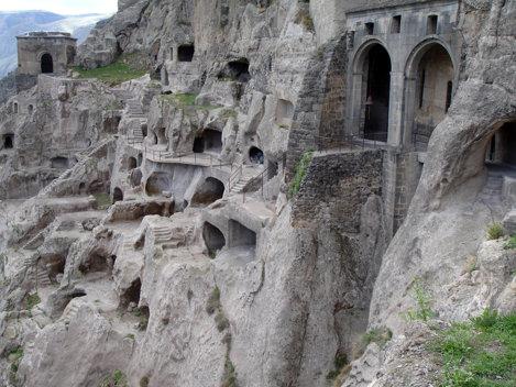 Oraşul peşteră Vardezia, Georgia