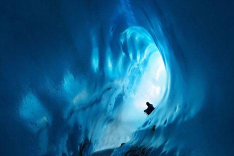 Peșteră de gheață la Kverkfjoll