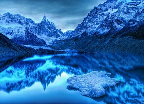 la doar o aruncătură de ghețar din Antarctica