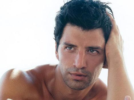 Grecul Sakis Rouvas a fost votat cel mai frumos barbat din lume (Foto)