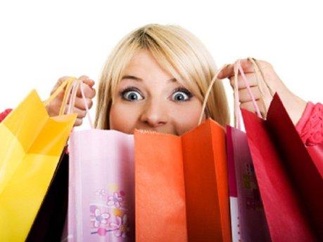 80% din toate lucrurile care sunt de vânzare sunt cumpărate de femei