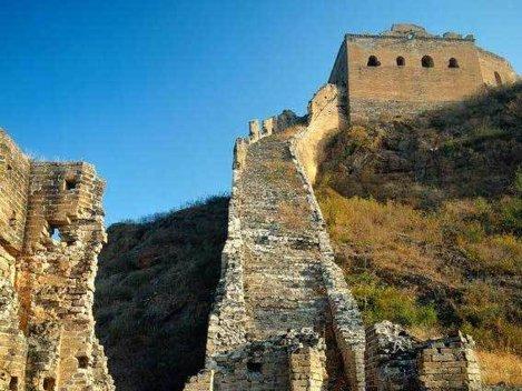 Marele Zid Chinezesc, distrus aproape in totalitate