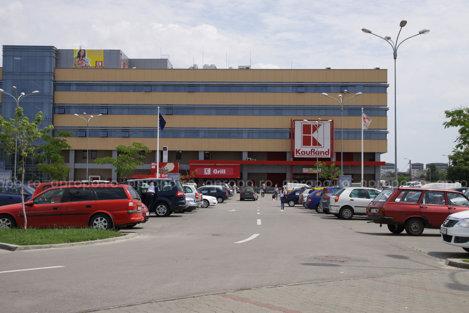 Kaufland nu se afla pe lisita marilor magazinelor care pastreaza preturile, dupa majorarea TVA-ului
